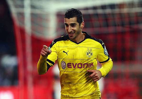 news features football manchester united confirms signing henrikh mkhitaryan from borussia dortmunda