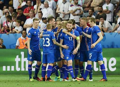 Euro 2016: Iceland shock England 2-1 as Three Lions suffer historic defeat