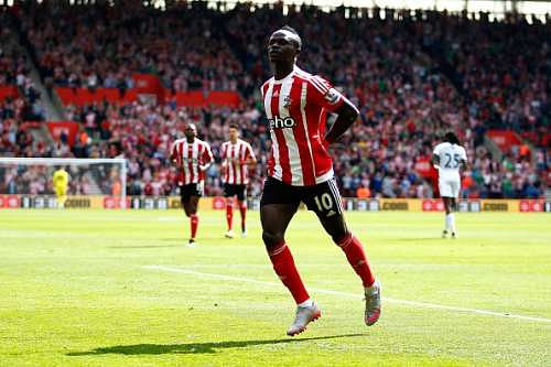 Reports: Sadio Mane spotted in Liverpool's number 29 kit after completing his medical