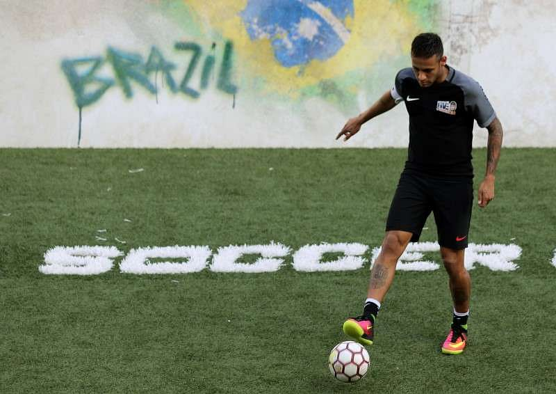 Neymar vows to keep partying as Games approach
