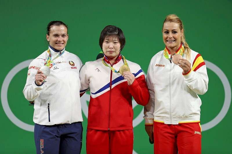 Weightlifter captures North Korea's 1st Rio gold