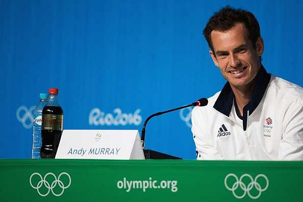 Andy Murray struggles with flag at hilarious Rio photoshoot