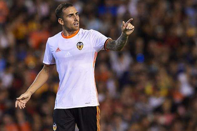 Barcelona wants to sign striker Paco Alcacer from Valencia