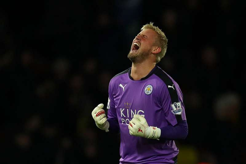 Kasper Schmeichel Signs New Contract At Leicester City