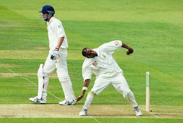 unorthodox bowling actions in cricket Now a days there are many bowlers who are very unorthodox in the way they run up and complete the cricket top 10 weirdest bowling actions by editor sportzwiki.