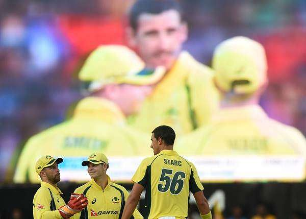 Australia beat Sri Lanka by 3 wickets in 1st ODI