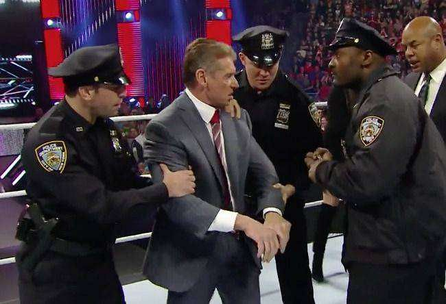 10 WWE Superstars with criminal records