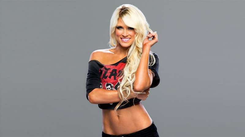 50 hottest wwe divas of all time with their real name for Hottest wwe diva pictures