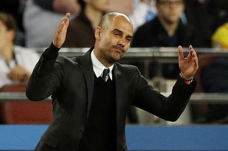 Guardiola defends Bravo and tactics after Barca thrashing