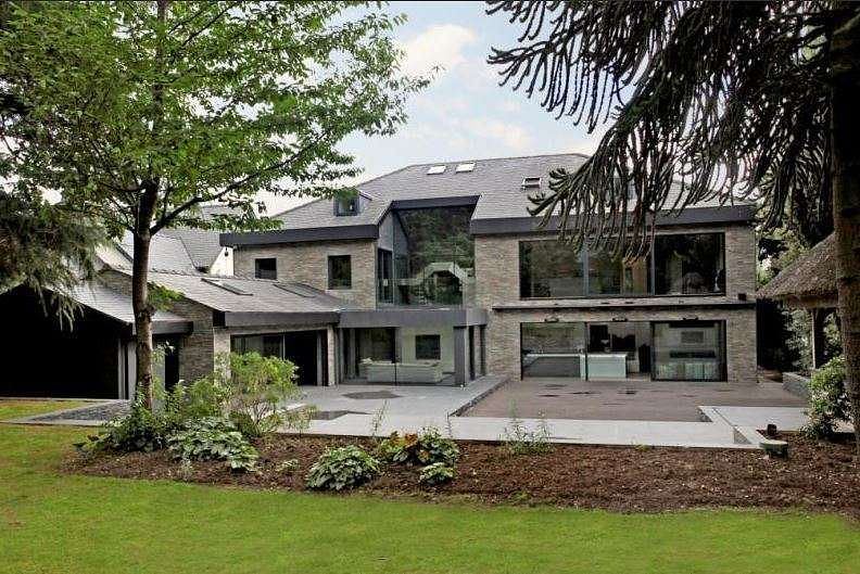 10 Famous Footballers And Their Luxury Homes
