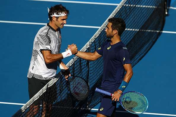 Roger Federer takes decisive win in Round 2 at Australian Open 2017