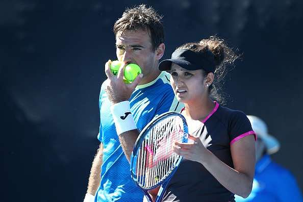 Australian Open 2017: Sania Mirza/Ivan Dodig in incredible comeback for semis spot, could play Hingis/Paes