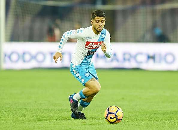 NAPLES, ITALY - FEBRUARY 10:  Lorenzo Insigne of SSC Napoli in action during the Serie A match between SSC Napoli and Genoa CFC at Stadio San Paolo on February 10, 2017 in Naples, Italy.  (Photo by Francesco Pecoraro/Getty Images)